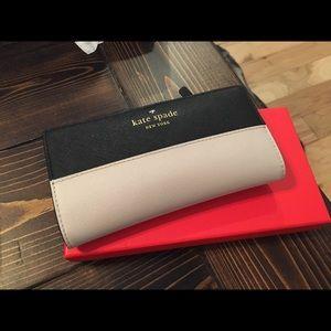 SOLD Kate Spade wallet